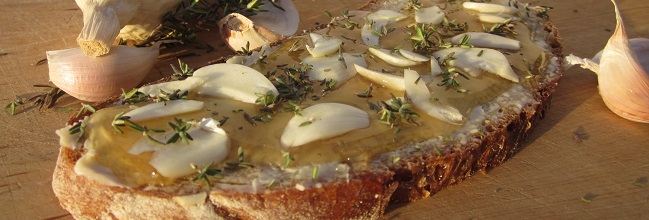 Butterbrot mit Knoblauch